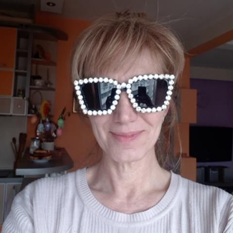 d1474ae982 2017 Sunglasses Women Square Vintage sunglasses Bling Rhinestone Sunglasses  for Women Oversize Sun glasses Summer Style UV400