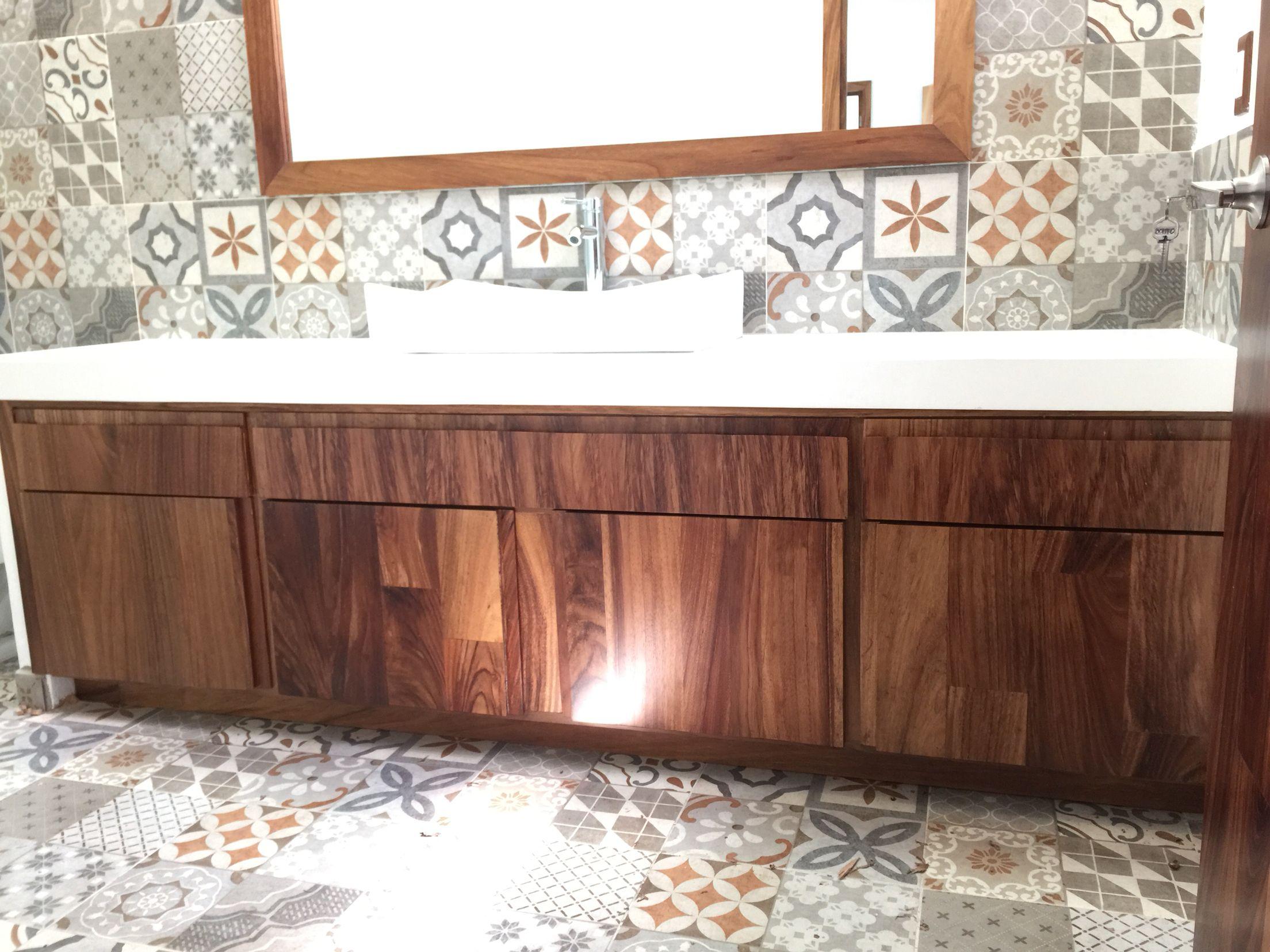 Mueble de ba o en madera de parota puertas langarica - Mueble de bano madera ...