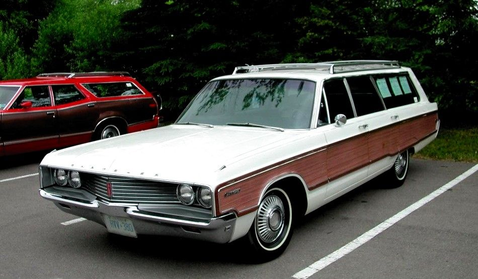 1967 Chrysler Town Country Wagon Chrysler Town And Country