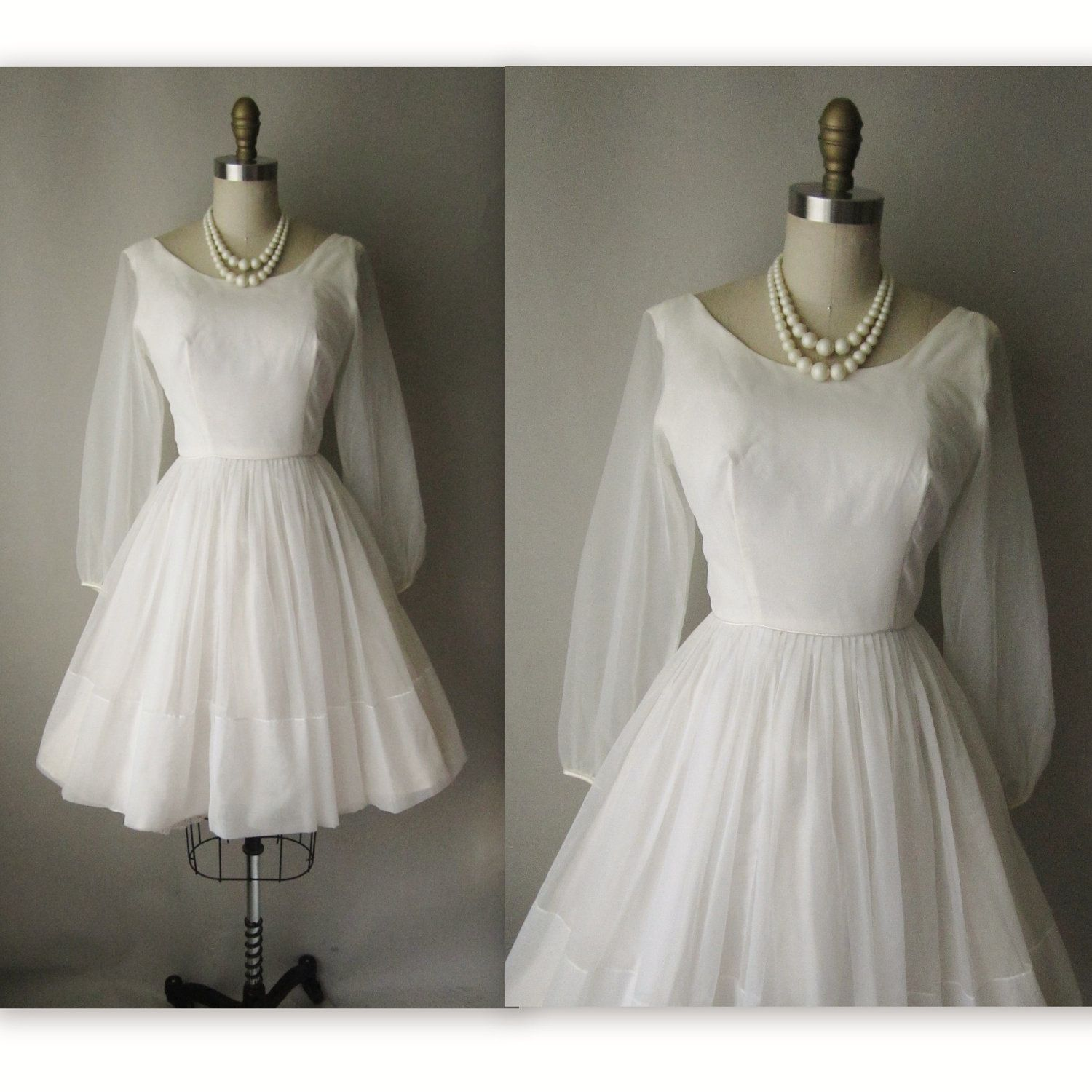 1960s wedding gowns Wedding Dress // Vintage 1960s
