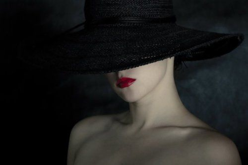 Black Hat Red Lips Pale Skin Creative Photography Photography