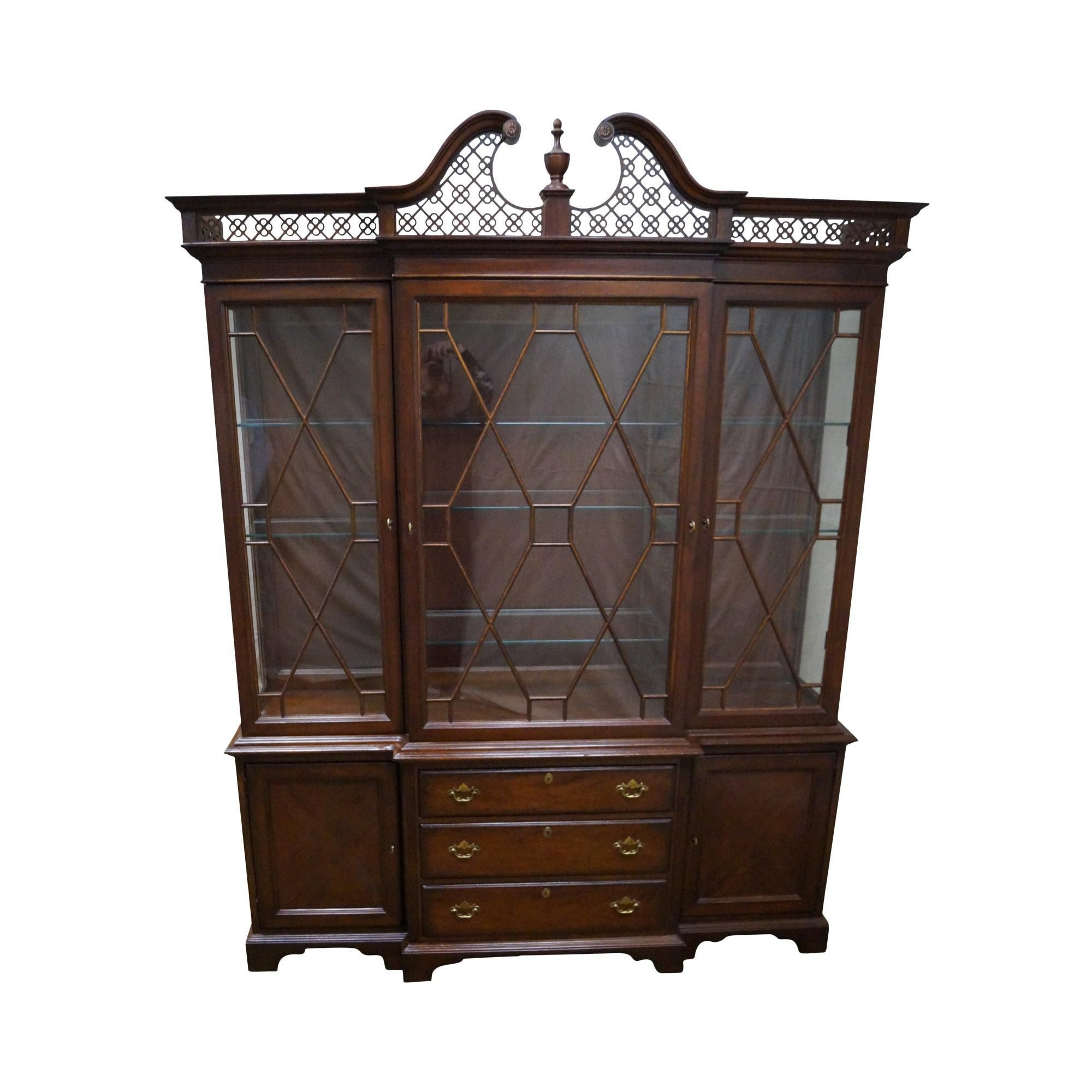 Lexington The Palmer Home Collection Large Mahogany Chippendale Style Breakfront On Chairish
