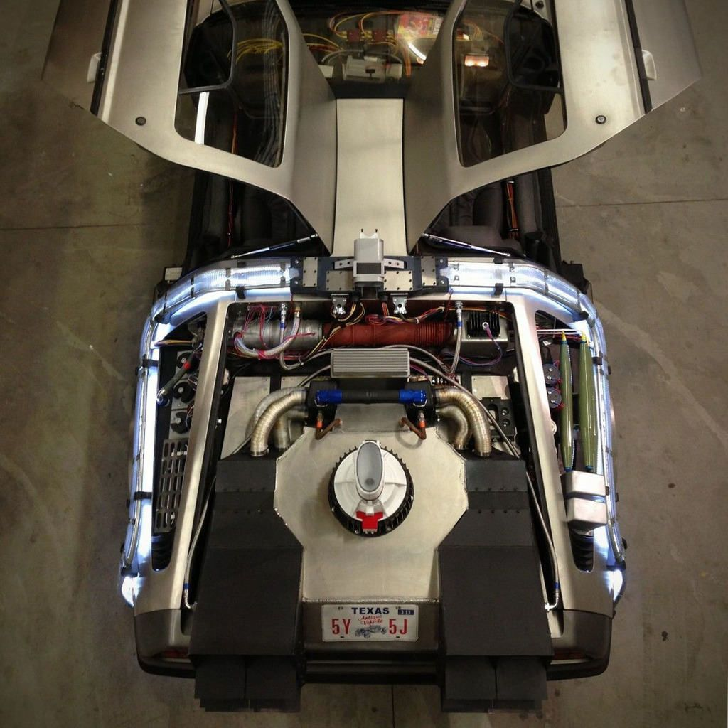 For 30 000 You Can Turn Your Delorean Into A Time Machine From