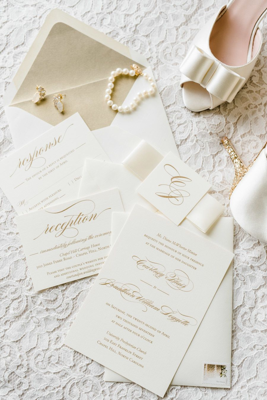 A Wedding Designed Around a Love of Literature | Classic weddings ...