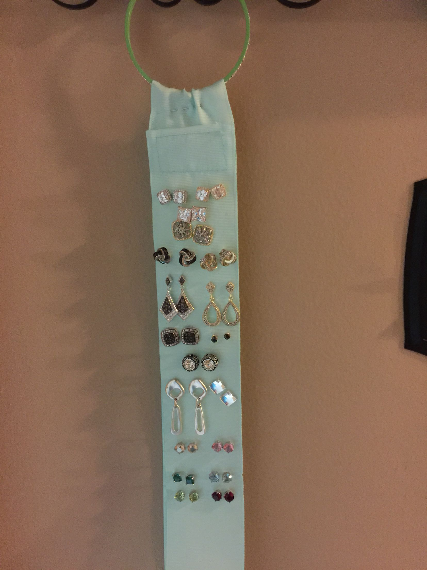 DIY Post and Stud earring holder made from ribbon wrap