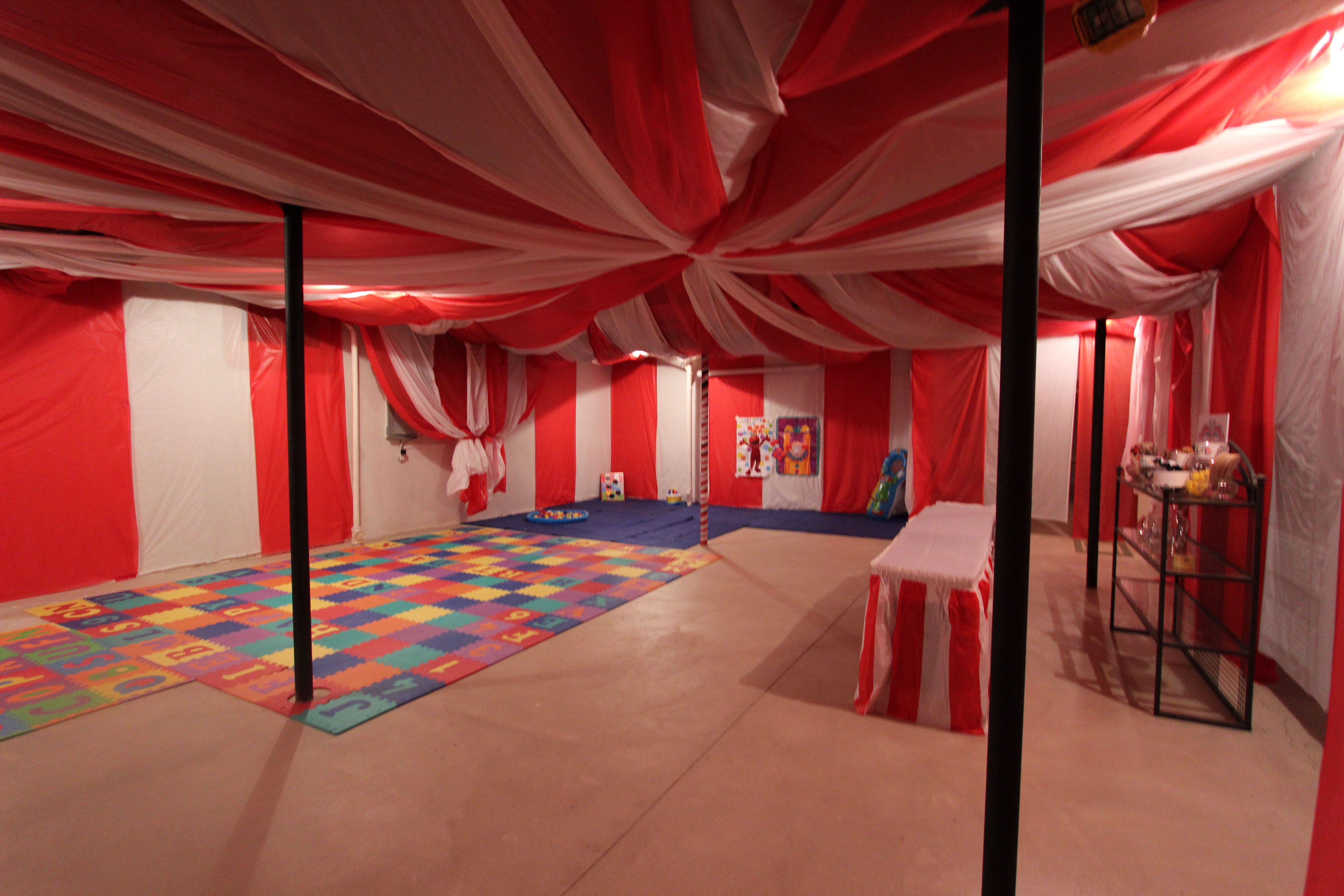 CIRCUS PARTY IN UNFINISHED BASEMENT. VERY CUTE Kids