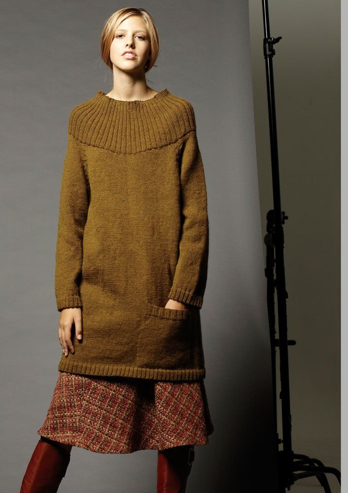 Image of 006 raglan sweater 1 -digital download