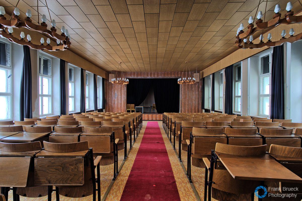Interior Designer Ausbildung gst schule für kfz ausbildung bernard koenen abandoned places