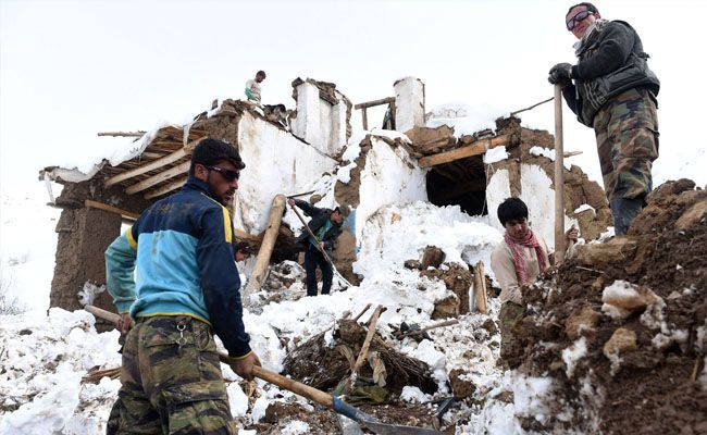 The Afghanistan Blizzard 2008 Naturaldisasters Natural Disasters Places Around The World Nature
