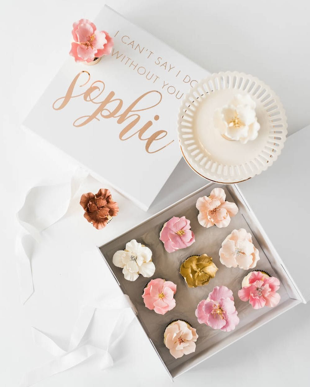 Elegant wedding magazine the perfect bridal keepsake box
