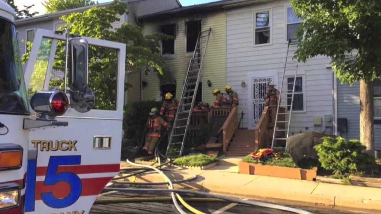 A year w/the Burtonsville Volunteer FD (video). They are looking for new members http://youtu.be/dvZDpVa2eOw