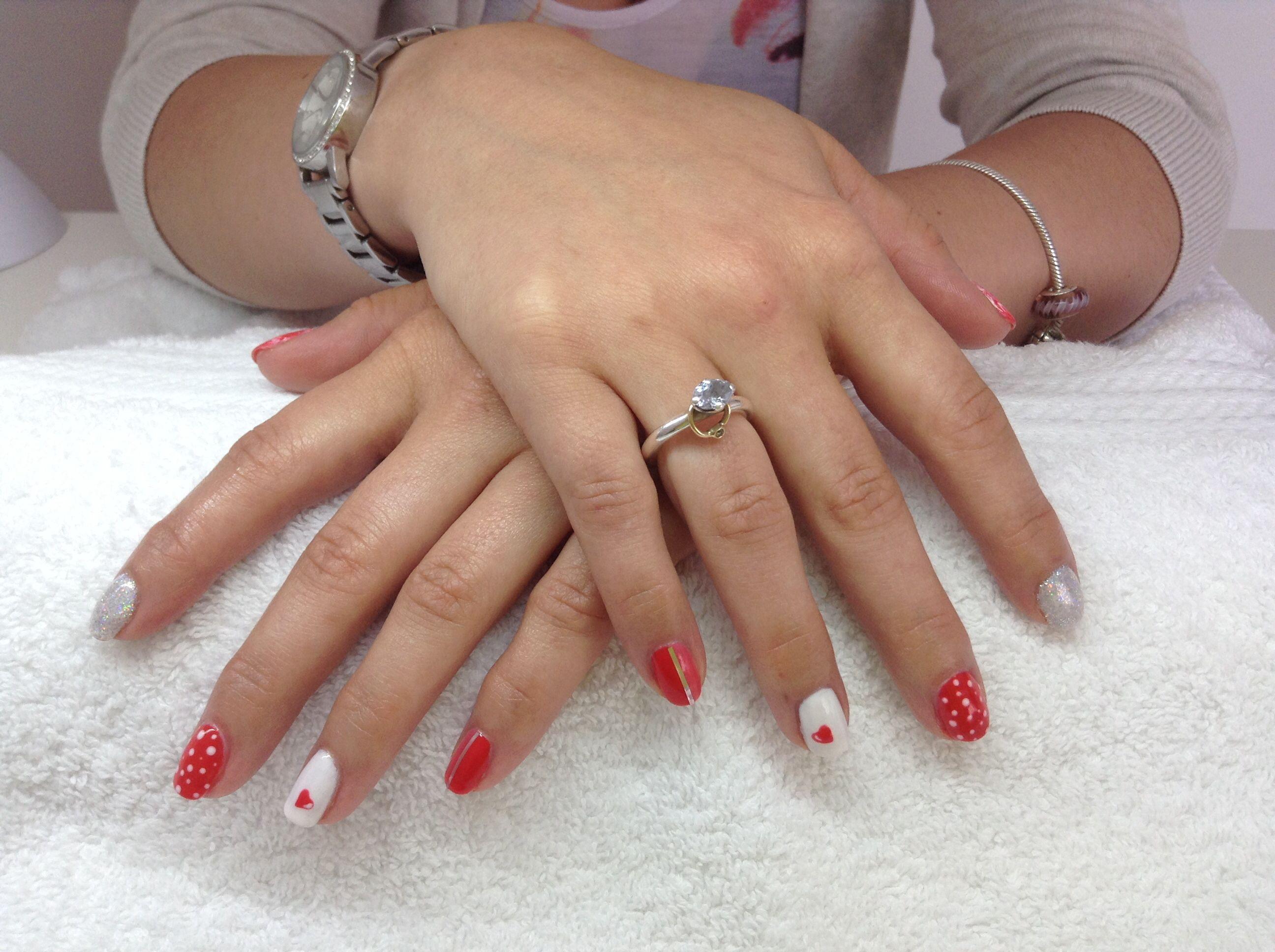 Young Nails Mani Q Coral 101 Nail Art Hearts. Dots. Stripes. Glitter ...
