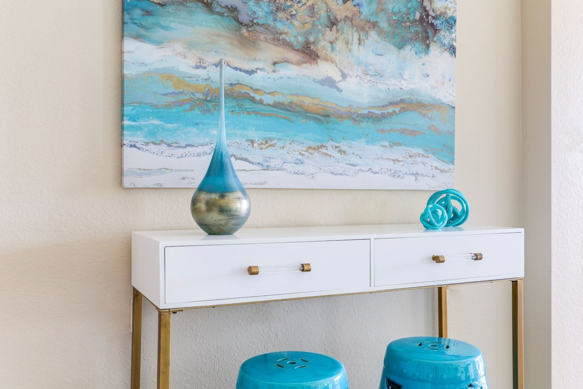 Shopping With An Interior Designer In 2020 With Images Coastal