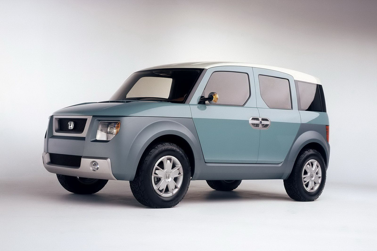 Honda To Terminate Element Crossover Next Year No Direct Successor Planned Carscoops Honda Element Honda Honda Models