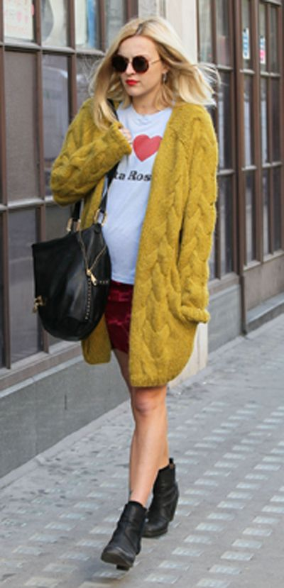 273f2c6c1 Fearne Cotton Chunky gold knit...