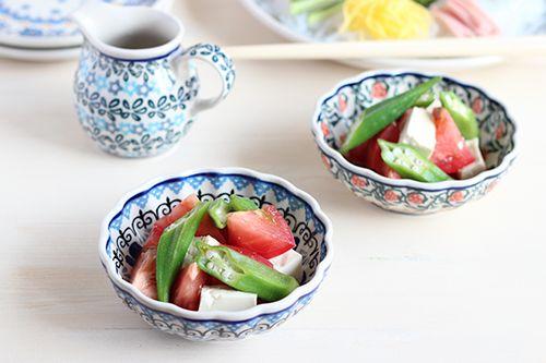 12cmボウルでオクラとトマトの中華風サラダ/ポーリッシュポタリー