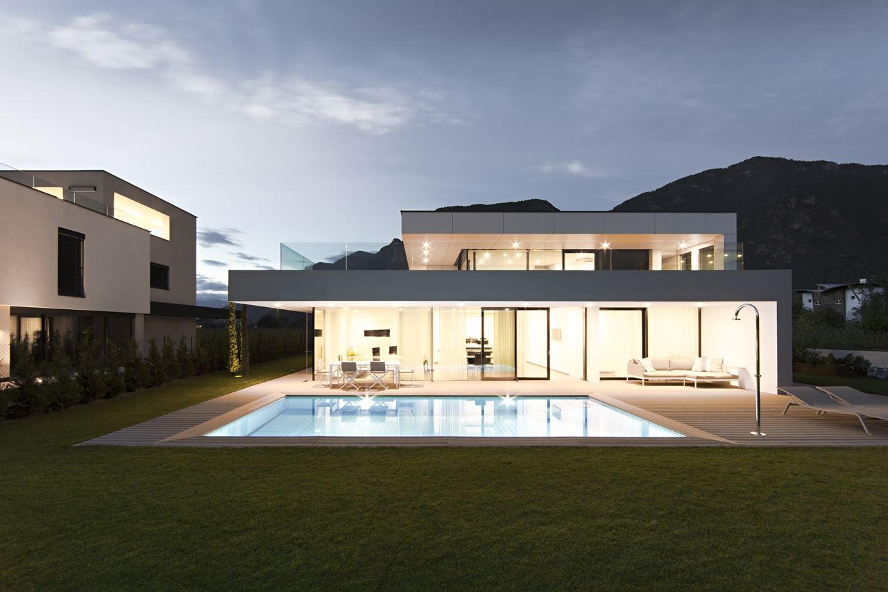 Traumhaus modern mit pool  Modern Big House Architecture with Two Floor and Swimming Pool in ...