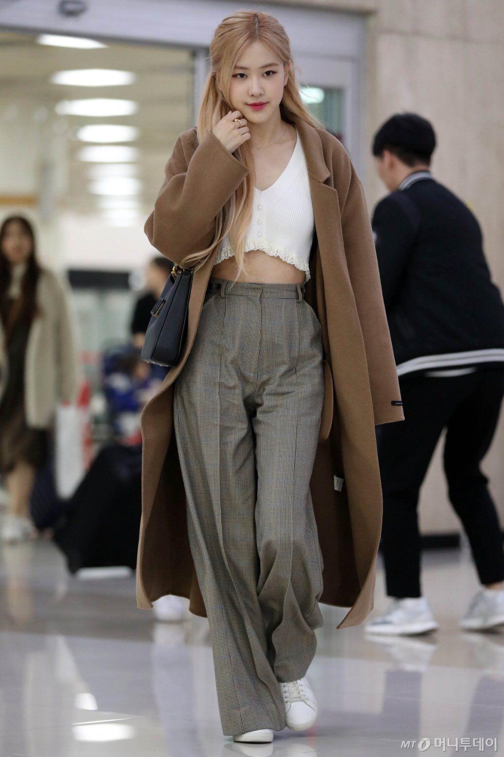 Rosenation On In 2020 Kpop Fashion Outfits Blackpink Fashion Blackpink Rose