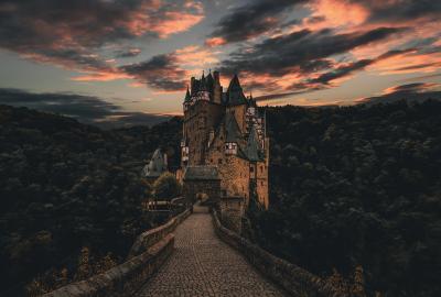 Eltz Castle Wallpaper Wallpaper The Best Collection Of Hd 4k 5k And 8k Wallpapers City Wallpaper 8k Wallpaper Wallpaper