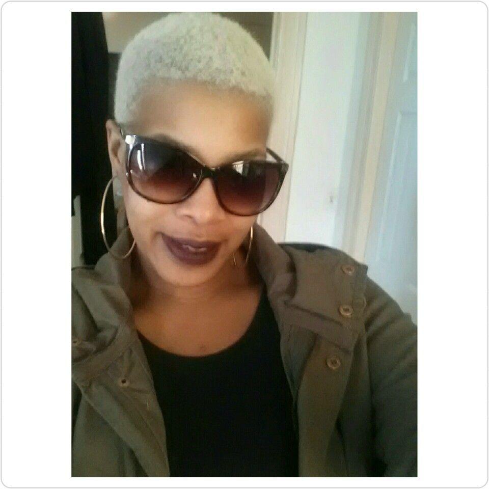 Sexy lady with the blonde hair shorthair shorthairdontcare