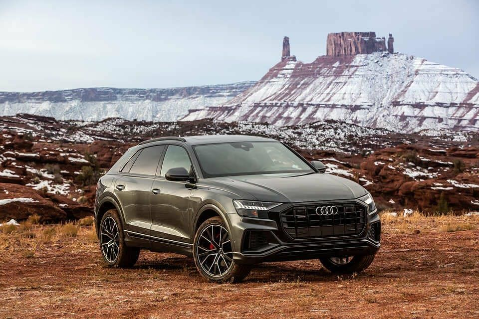 2020 Audi Q8 The Q8 Offers A Carlike Driving Experience Than Any Audi Suv Ever Before Apart From The Low Fuel Economy The Q8 Has In 2020 Audi Audi Q8 Price Audi A6