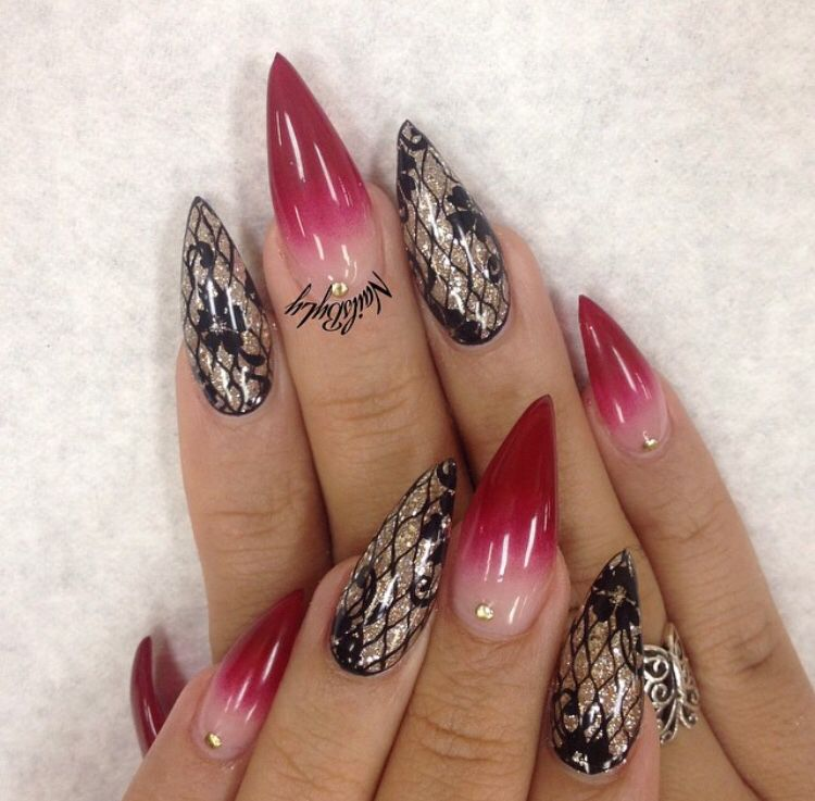 I Love This Red Ombré Effect With Black And Gold Nails Nails
