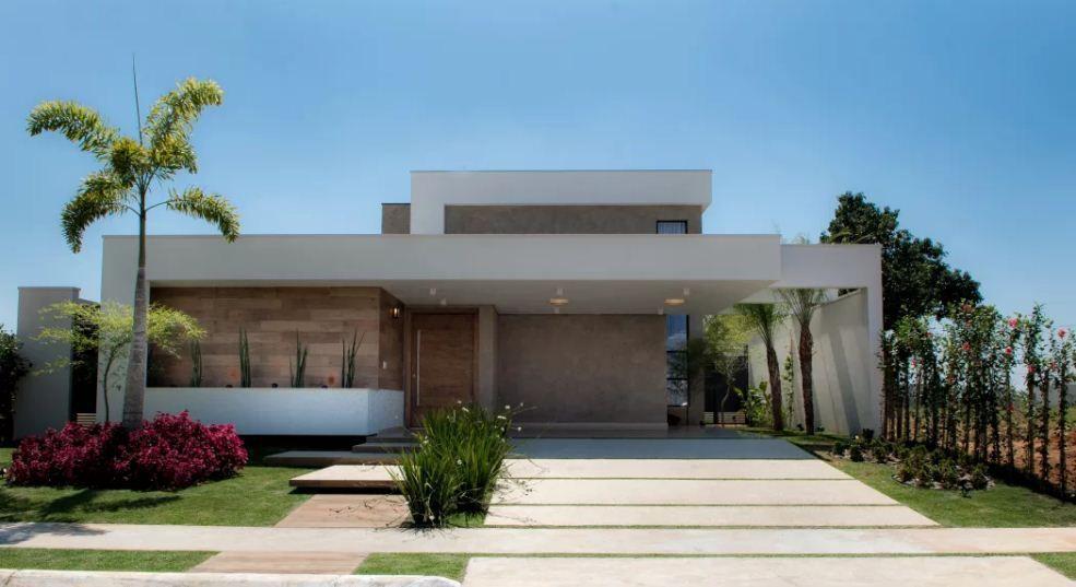 Fachada de casa t rrea modernas sem telhado aparente for Casa moderna kw