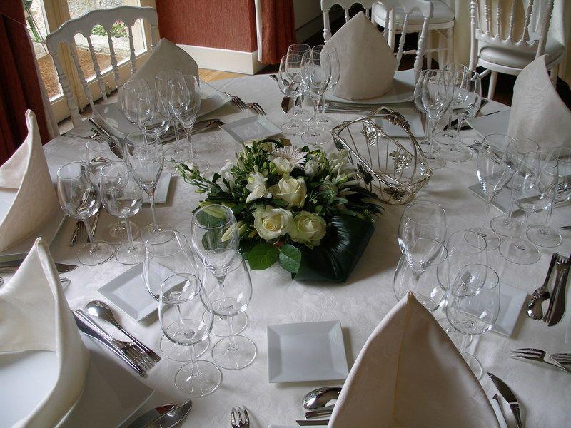 jolie d coration de tables de mariage d corations de. Black Bedroom Furniture Sets. Home Design Ideas