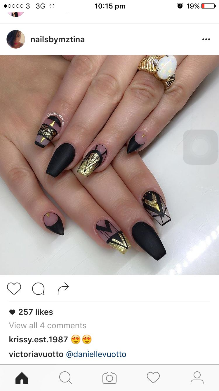 Clean line symmetry nail art black coffin matte | Nail Design~Dots ...
