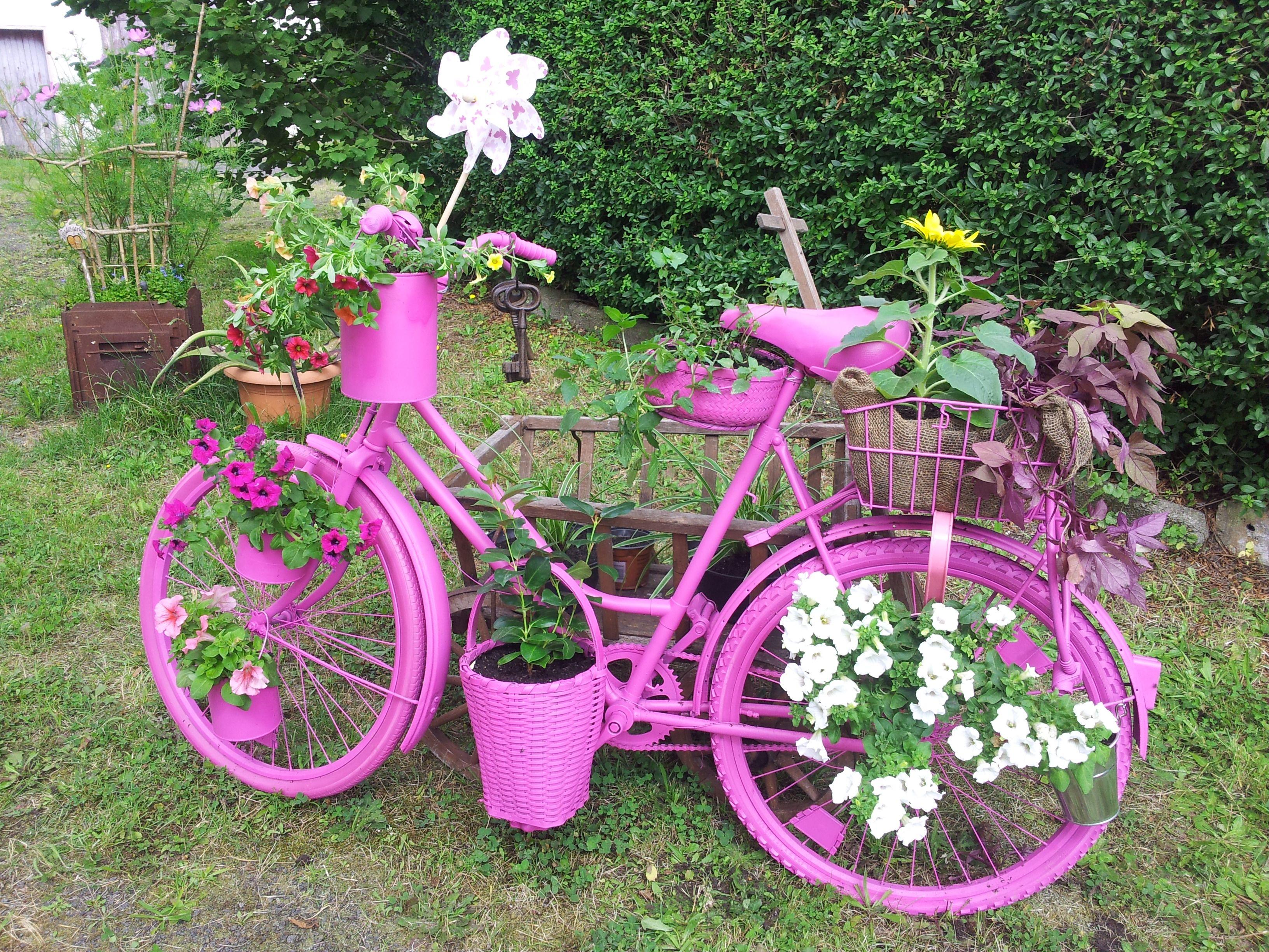 Pin von ulrike bischof auf mein garten pinterest - Gartendeko fahrrad ...