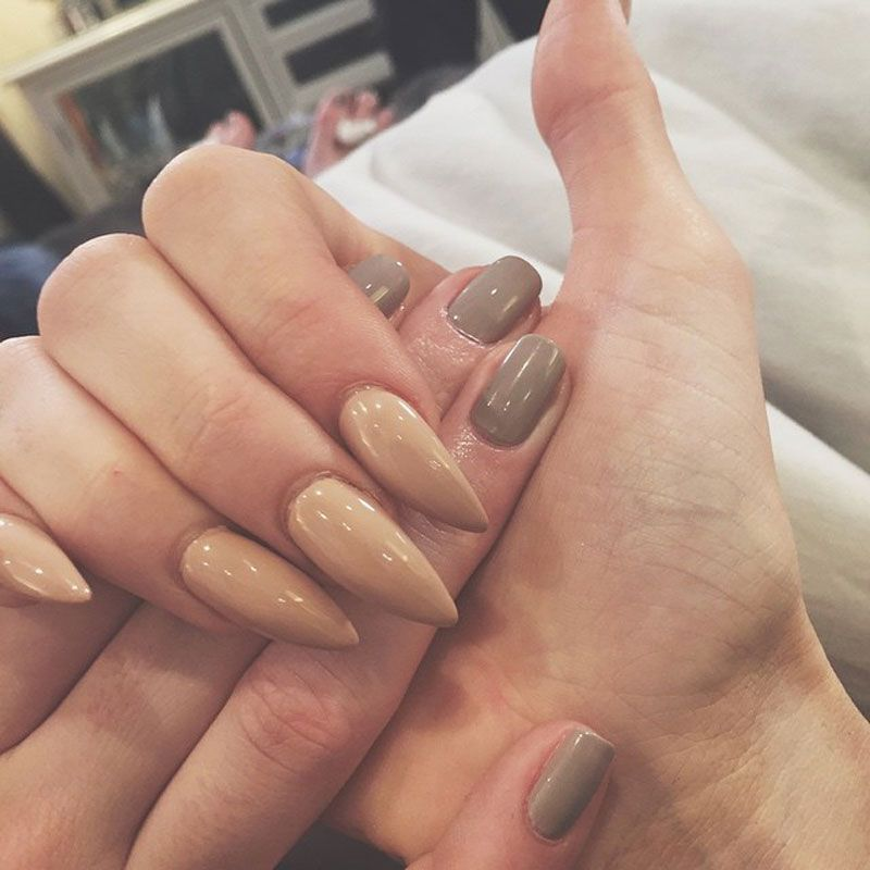 Find out which celebs have the most enviable stiletto nails here ...