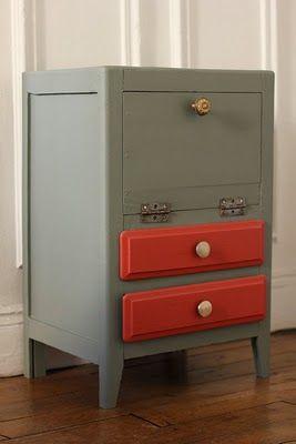table de chevet painted furniture diy furniture. Black Bedroom Furniture Sets. Home Design Ideas