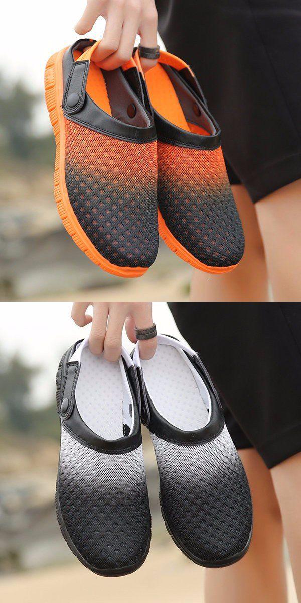 Men Gradient Mesh Breathable Two Way Wearing Slip On Flat Beach Sandals