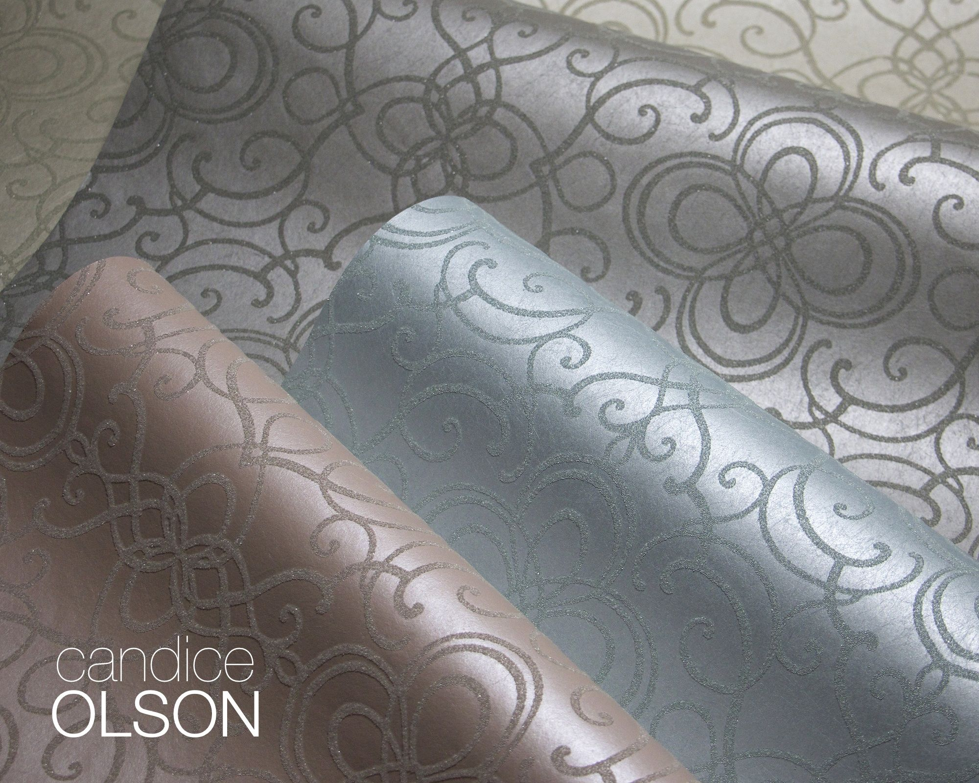 WRITER S RETREAT Pearlized wallpaper with glass bead motif