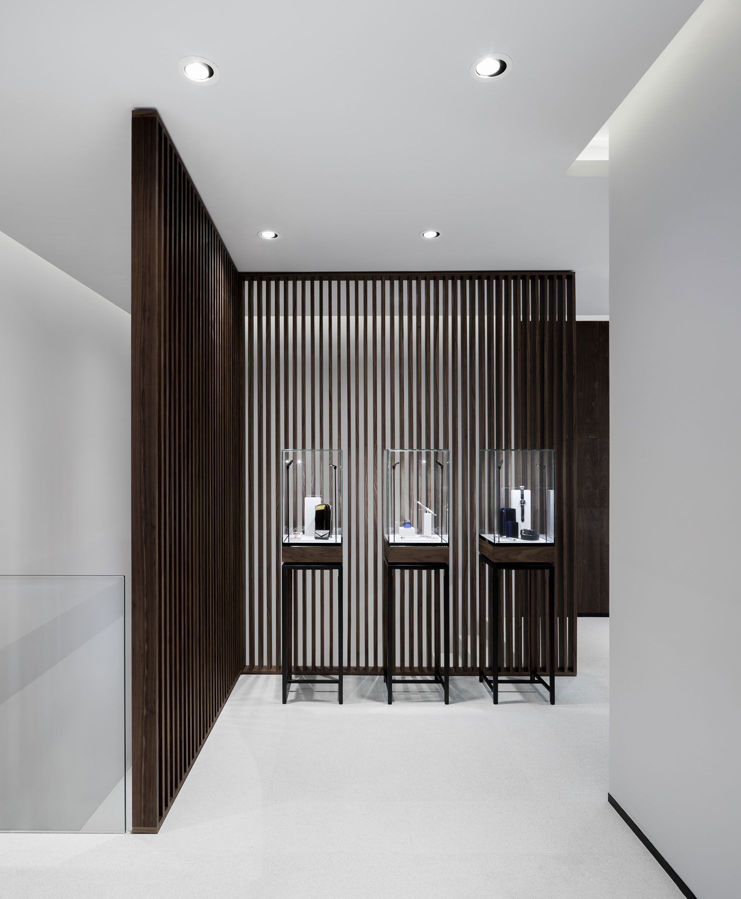 Georg jensen 39 s london boutique by studio david thulstrup studio store and retail Interior design stores london