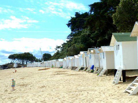cabines de plage aux dames noirmoutier no pinterest cabines de plage noirmoutier et cabine. Black Bedroom Furniture Sets. Home Design Ideas