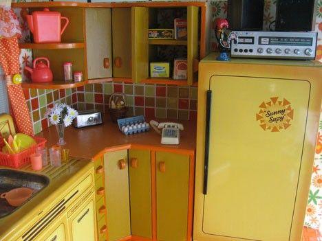 Retro kitchen yellow orange 60s 70s #vintage #kitsch #cute very ...