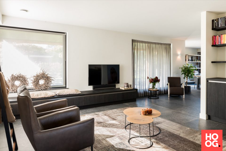 Moderne woonkamer inrichting | woonkamer ideeën | living room decor ...