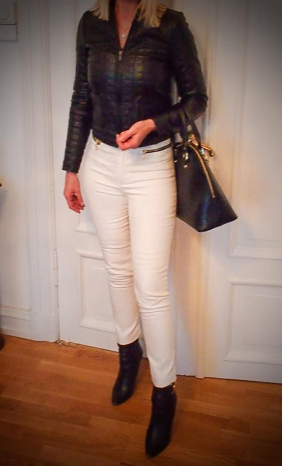 Black and white outfit - simple and classic