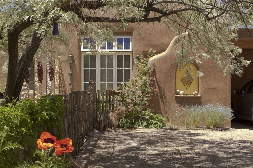 Historic Eastside Vacation Rental Vrbo 282452 1 Br Santa Fe Cottage In Nm Hidden Treasure Acequia Madre Casit Great Vacations Vacation Books Canyon Road