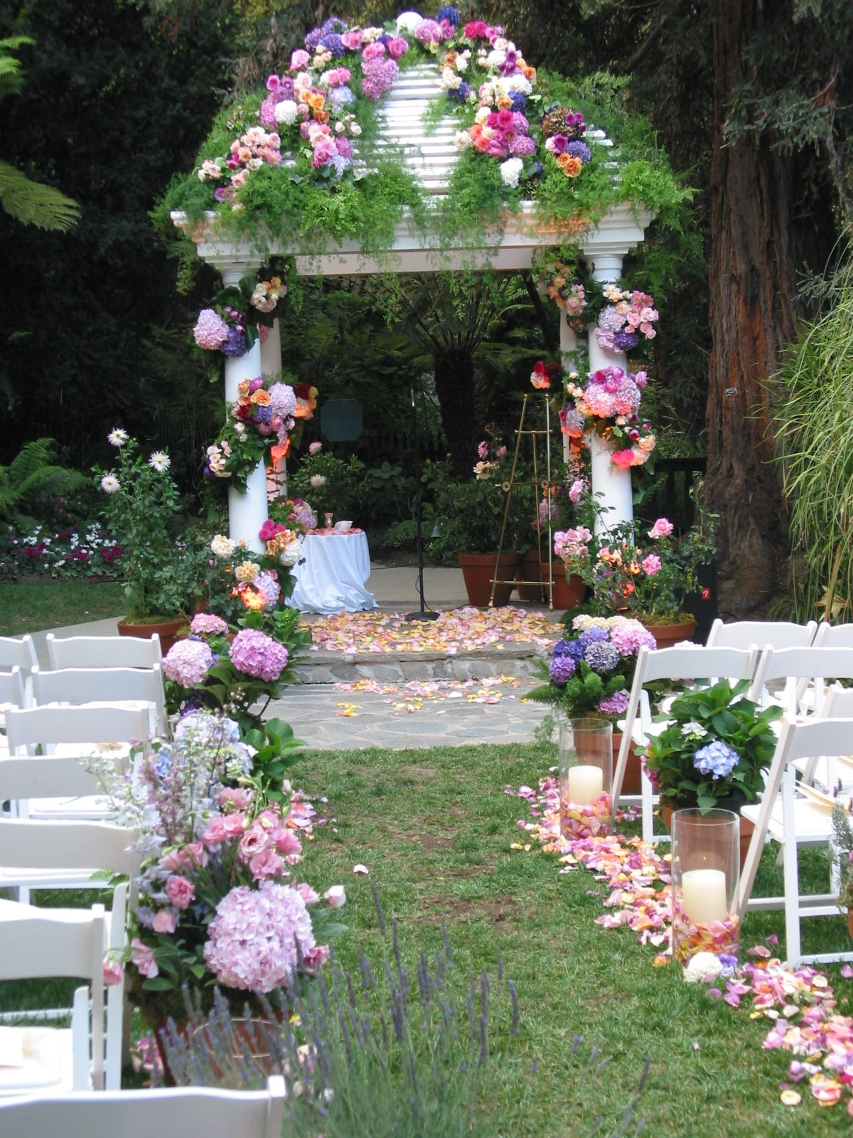 Aisle Way Amp Wedding Structure By The Velvet Garden