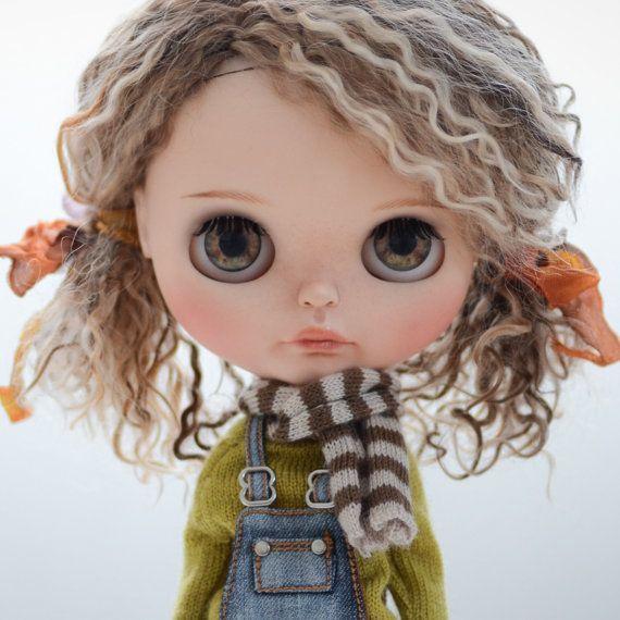Reservados Custom Blythe Doll por WabiSabiDolls en Etsy