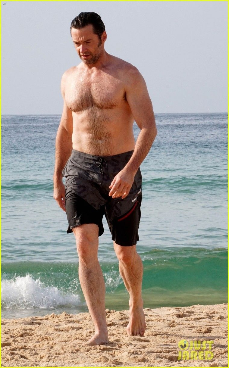 Hugh Jackman Goes for a Christmas Eve Swim in Sydney!