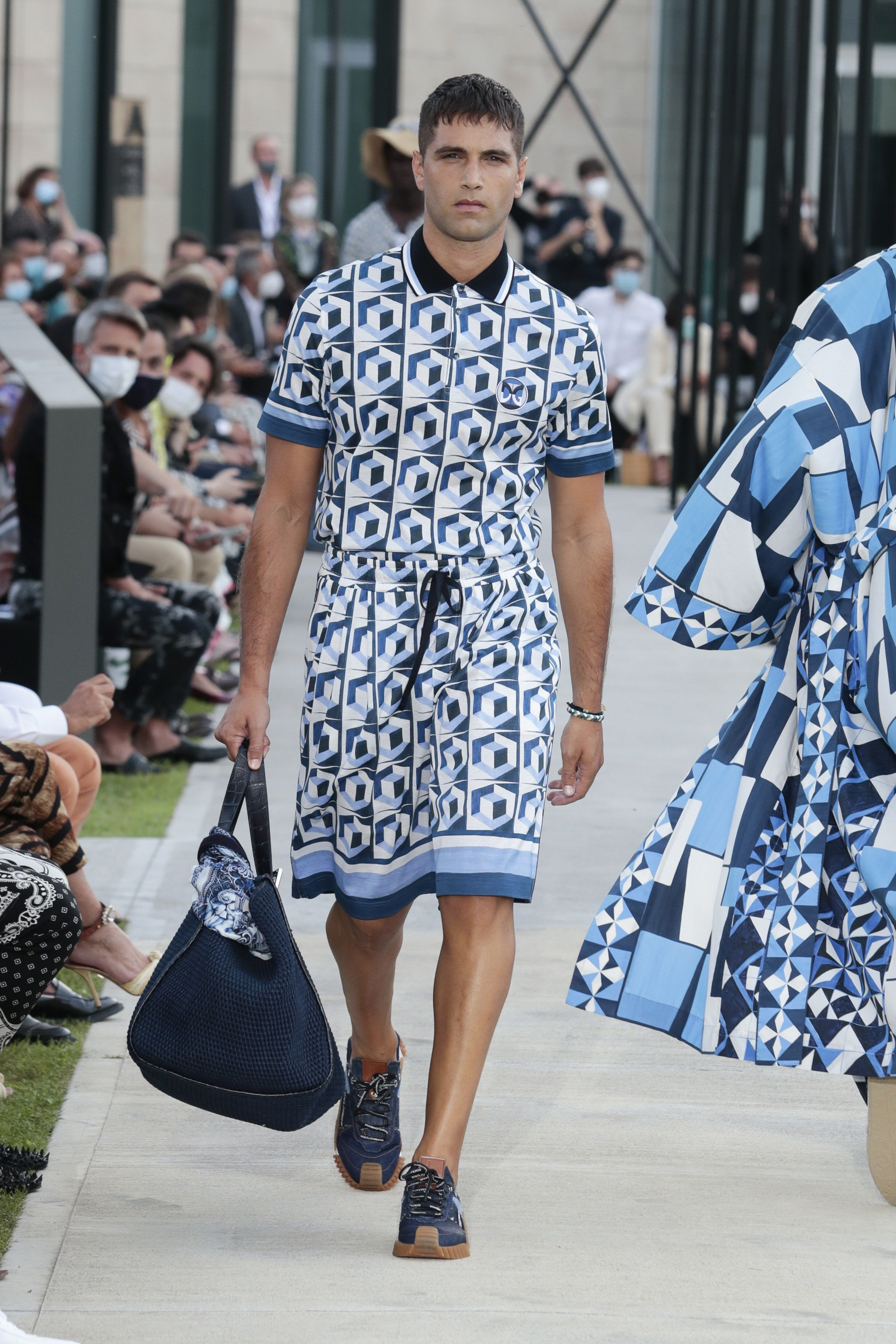 Dolce & Gabbana Spring 2021 Menswear Collection - Vogue in ...