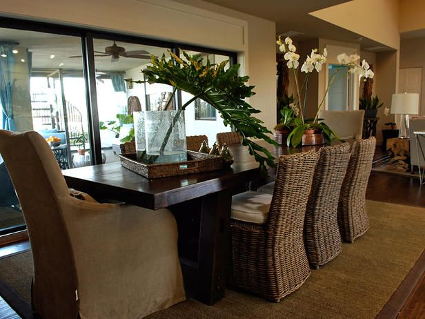 Best 25 tropical interior ideas on pinterest tropical for Tropical dining room