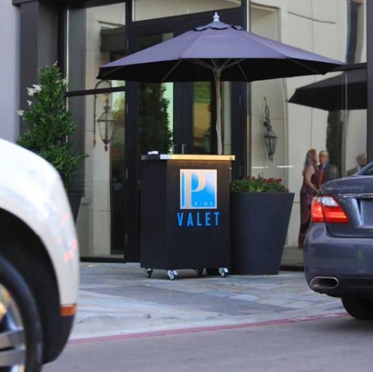 Prime Valet Deluxe Valet Podium In Front Of Hotel Valet