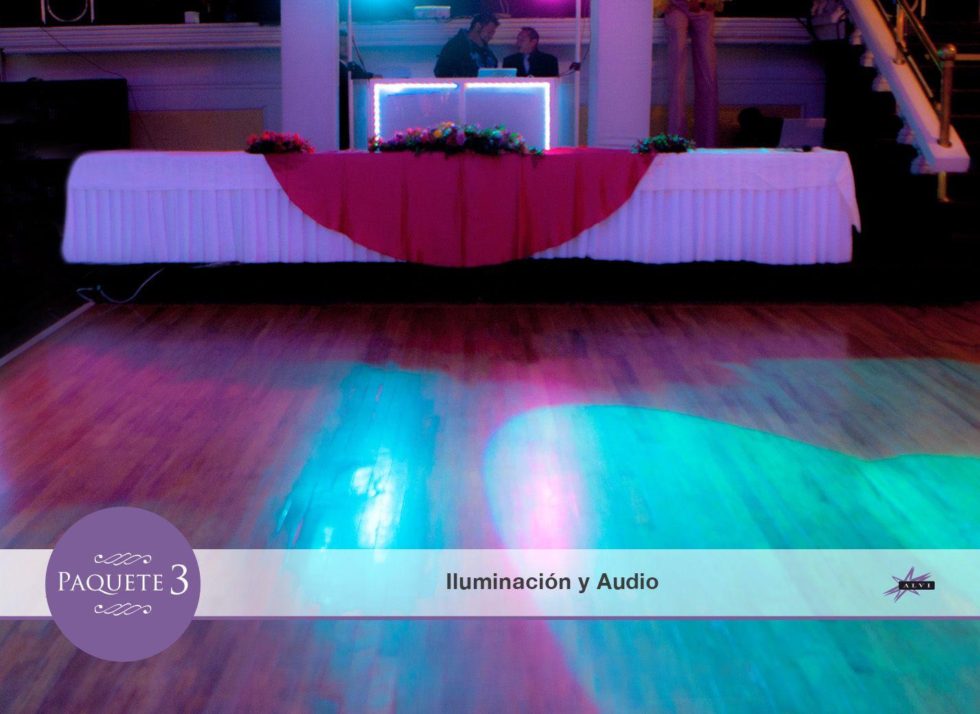 Iluminación y audio para la ambientación de tu evento, en cada salón.
