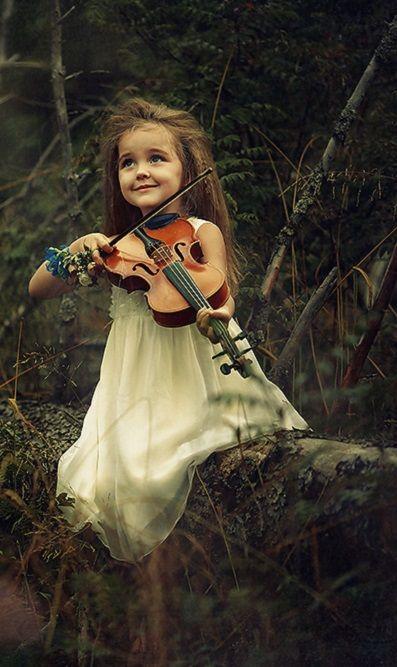 ...by Natalia Zakonova  (Love violins.....especially Molly B and Celtic Woman!)