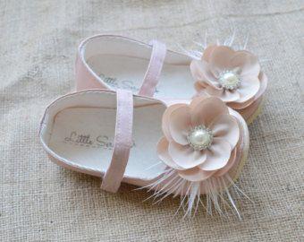 b51524ac6 Zapatos bautismo marfil zapatos bebé niña zapatos por littleserah Zapatos  Para Bebe Niña