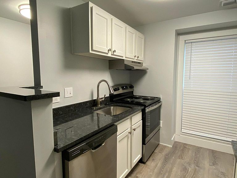 Woodridge Apartment Rentals Galloway Oh Zillow Renting A House Rental Apartments Apartment Communities